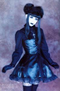 las gothicgal son llamadas tambin estn inspiradas en mangas como cardcaptor sakura y parecen muecas de porcelana